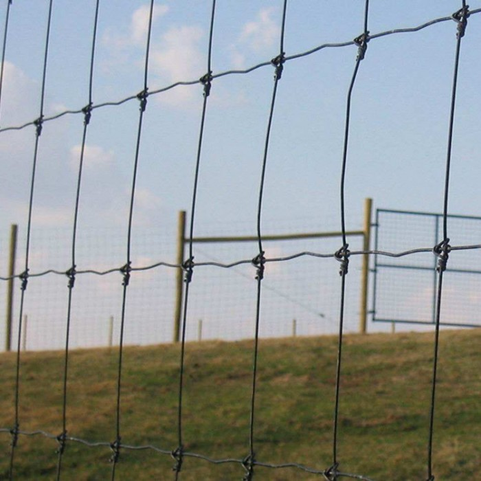 Farm Mesh Fence