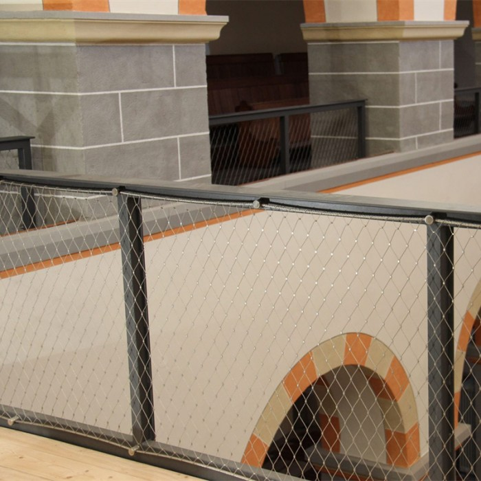 Stainless steel balustrade cable mesh