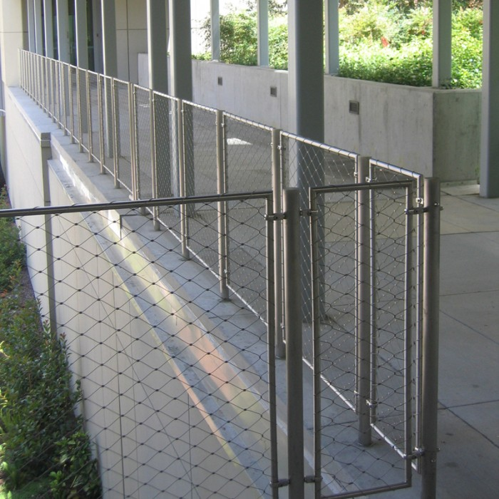 Stainless steel railing infill cable mesh